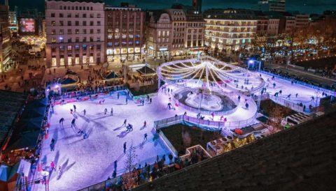 Eisbahn mieten: Eisbahn mieten oder kaufen für einen Weihnachtsmarkt oder einen Wintervent. Preise für die Miete einer Eisbahn berechnen und den Preis für eine mobile Eisbahn kalkulieren.